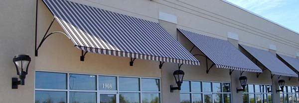 How to clean canvas awnings from windows, balconies and terraces