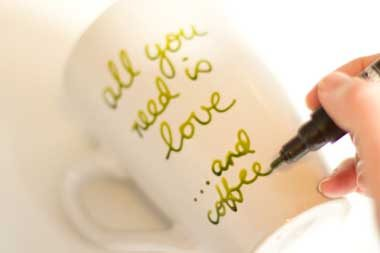 how_decorate_and_paint_cups_by_hand_all_you_need_is_love