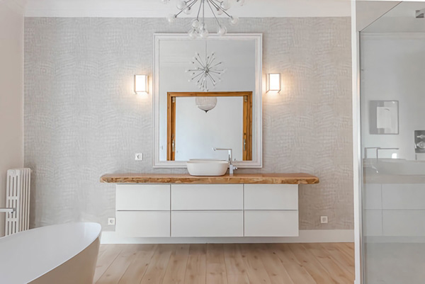 Bathroom in white and wooden color