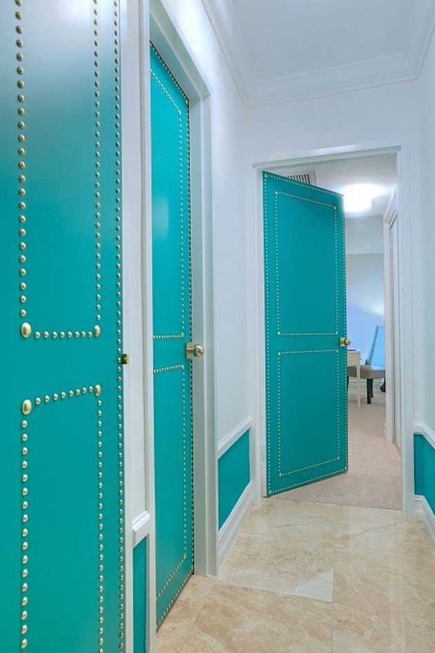 17 colors for hallways.  Which one will you paint yours?