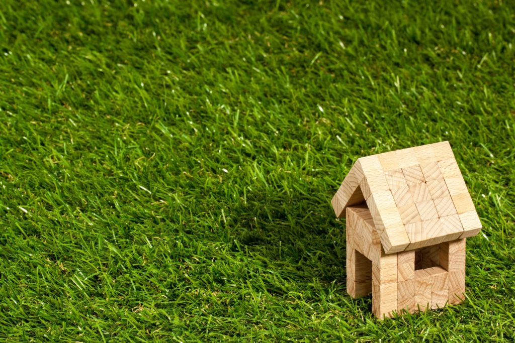 At what time of year is it best to buy a property?