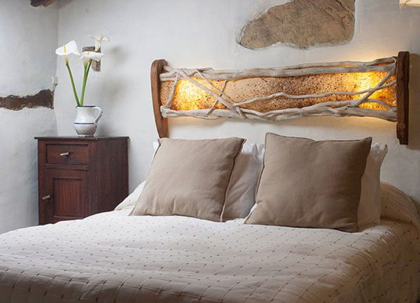 headboard-bed-recycled-wood-2