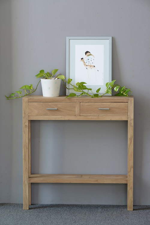 Narrow console with wooden drawers