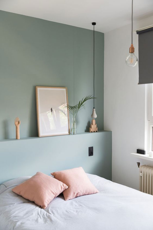 Bedroom painted in green suitable for Feng Shui