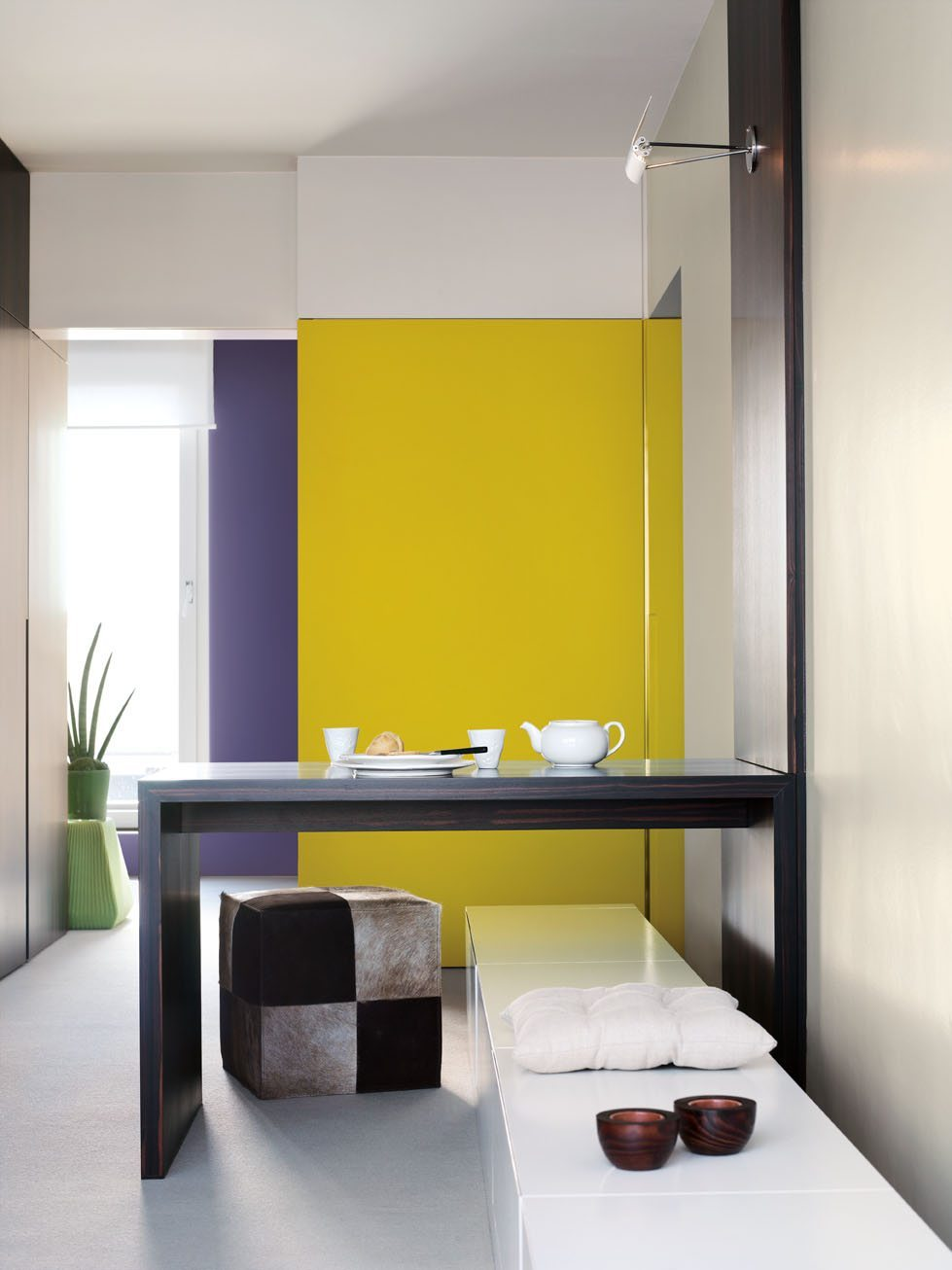 Colors that match purple: yellow