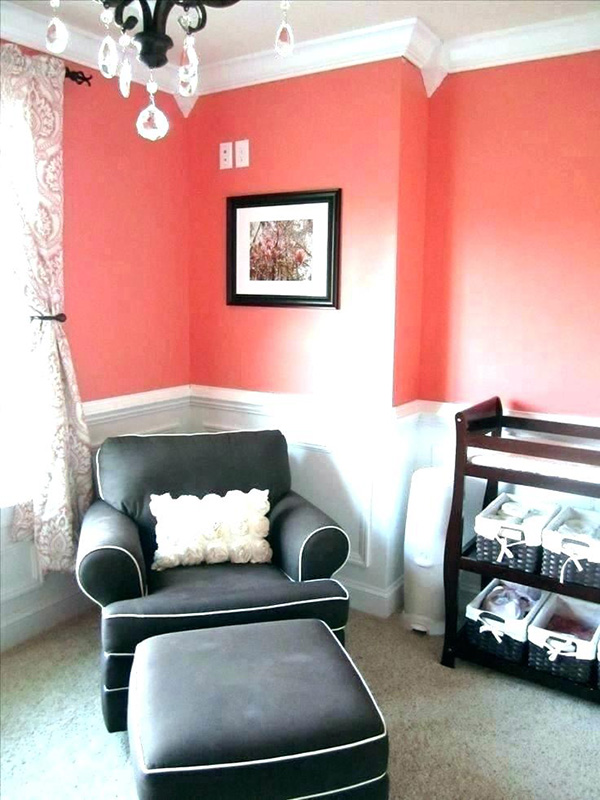 Coral and black combined in the children's bedroom.