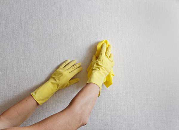 3 ways to clean 100% effective wall stains.