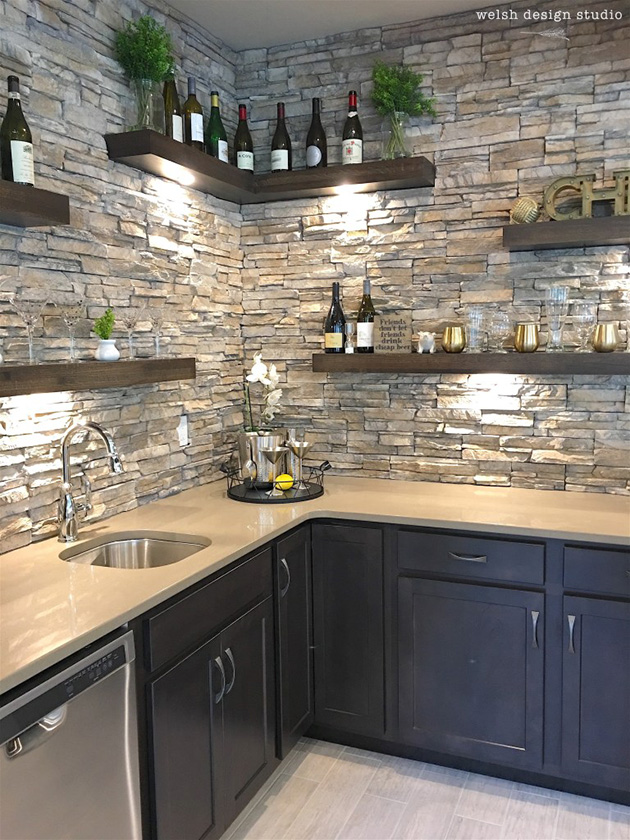 Decorative and natural stone walls in the kitchen