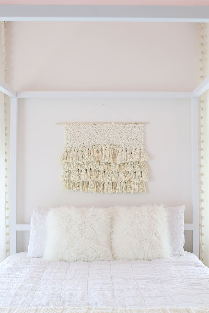 Idea for decorating the bed wall: Macrame tapestry
