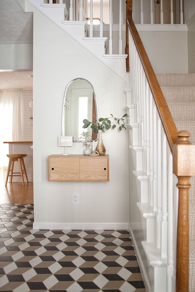 Modern and small hall, entrance or entrance