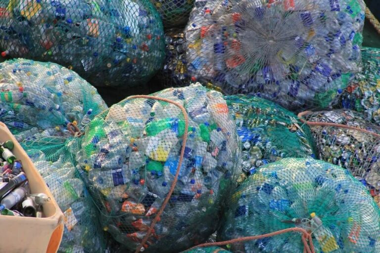 how to reduce plastic consumption at home