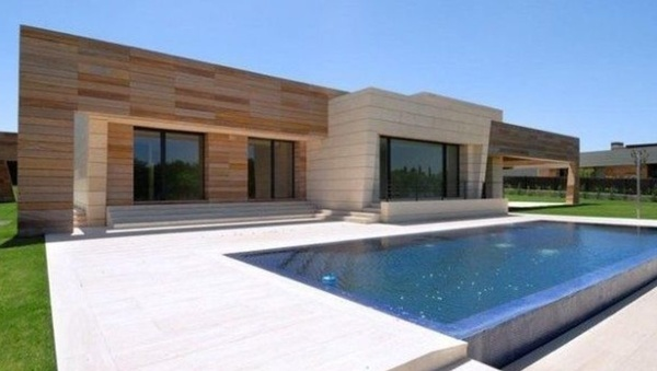 The most expensive football players' houses: how many luxuries are united!