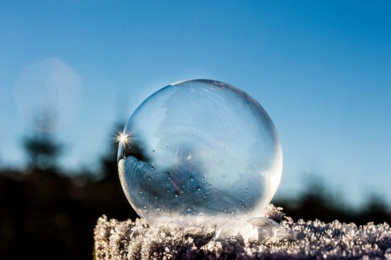 The risk of a real estate bubble is growing: will it be punctured this time?